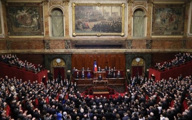 Una sola voz en el Congreso francés
